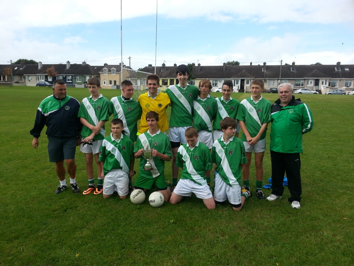 Back Row, l to r: K. Lynam (bainisteoir), C. Scriven, D. Raleigh, R. Horgan, L. Garvan, A. O'Grady, S. Kelleher, D. Scriven, J. Twomey (selector). Front, l to r: C. Hayes, S. O'Brien, N. Hayes, B. Crowley.